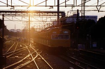 鶴見線103系021014_8.jpg